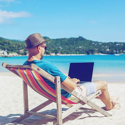 Traveling Productivity with Technology